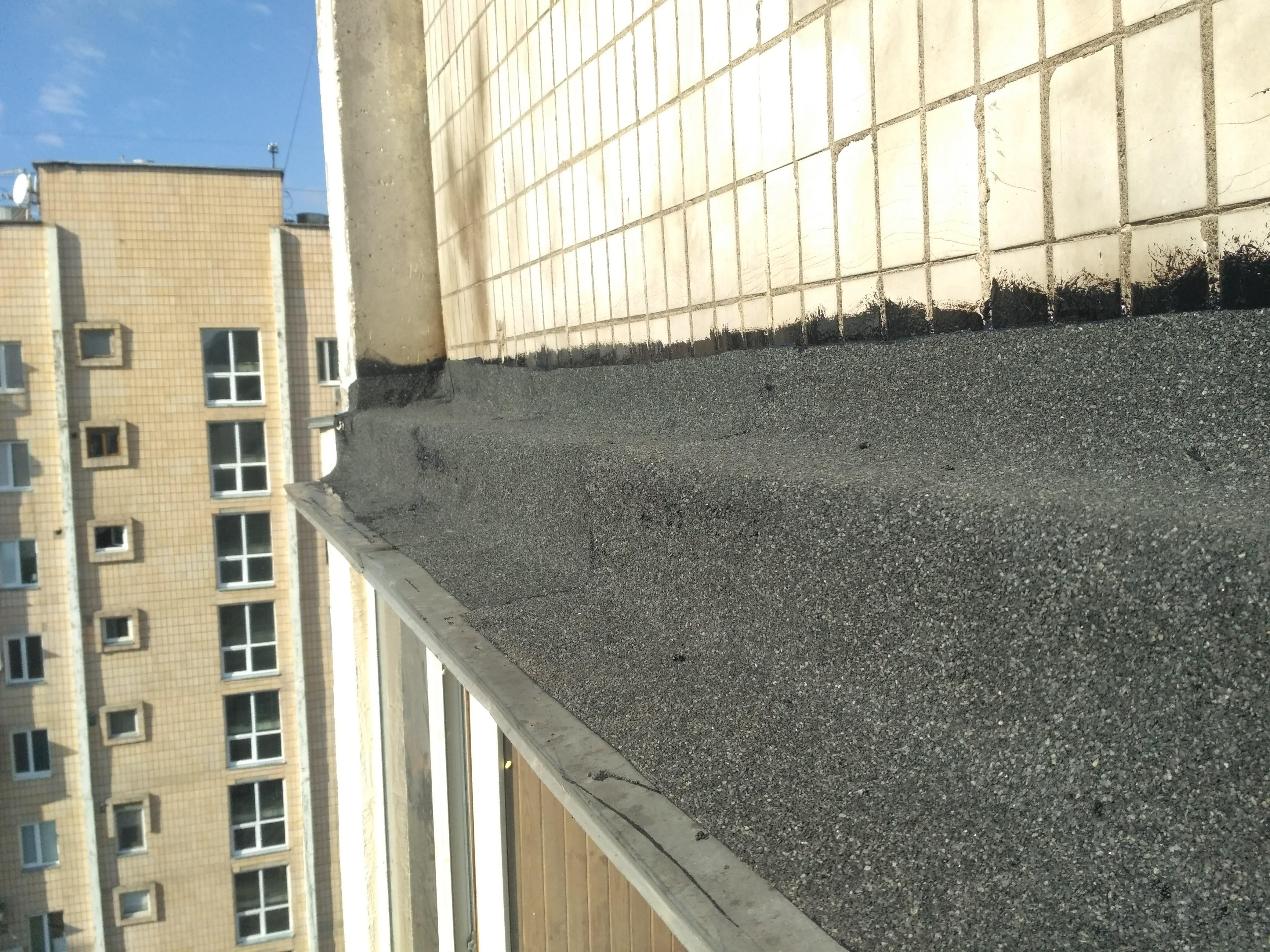 Герметизация балкона альпинистами